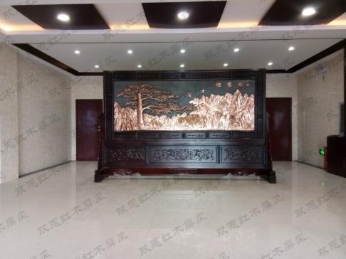 河南濮阳3.6米×2.31米迎客松、沁园春.雪紫铜浮雕屏风